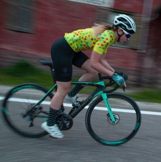 Set de ciclismo Mujer (maillot de manga corta SILIS + culotte OTTAVA, amarillo/negro) - Bianchi Milano (E20)