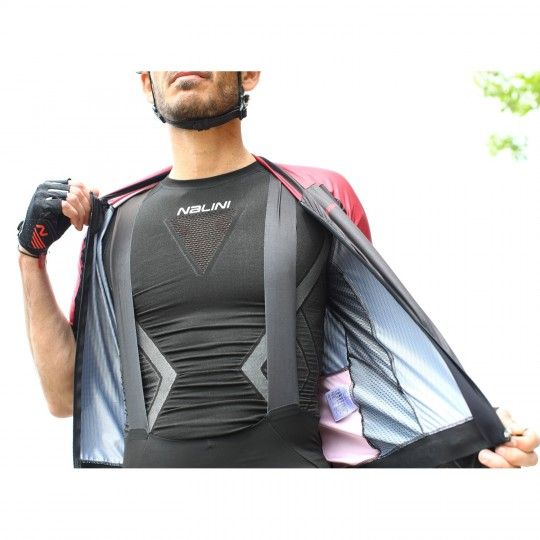 Actionbild Nalini Barinas Funktionsunterhemd schwarz 1
