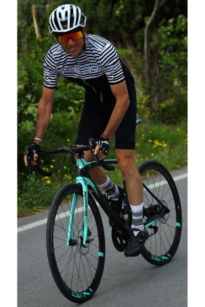 Actionbild Nalini Chamonix Radtrikot kurzarm weis