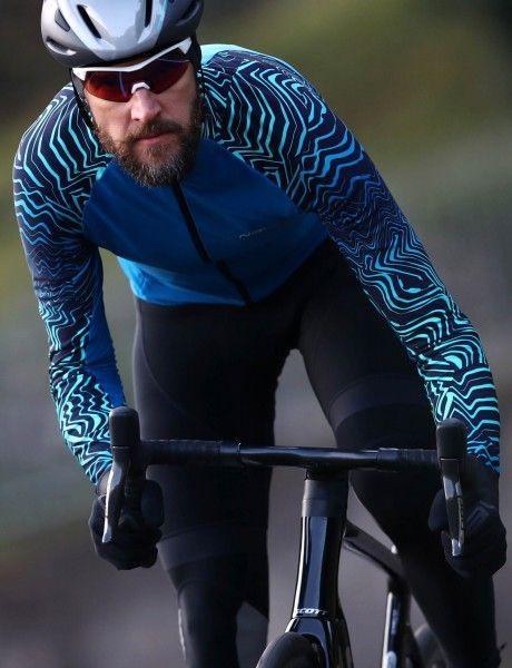 Actionbild Nalini Pro Gara Jersey Fahrrad Langarmtrikot blau