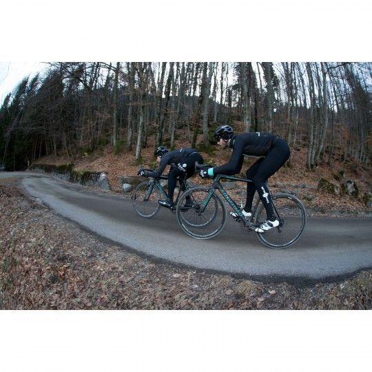 Actionbild3 Bianchi Milano VADENA Full Season Fahrrad Überschuhe