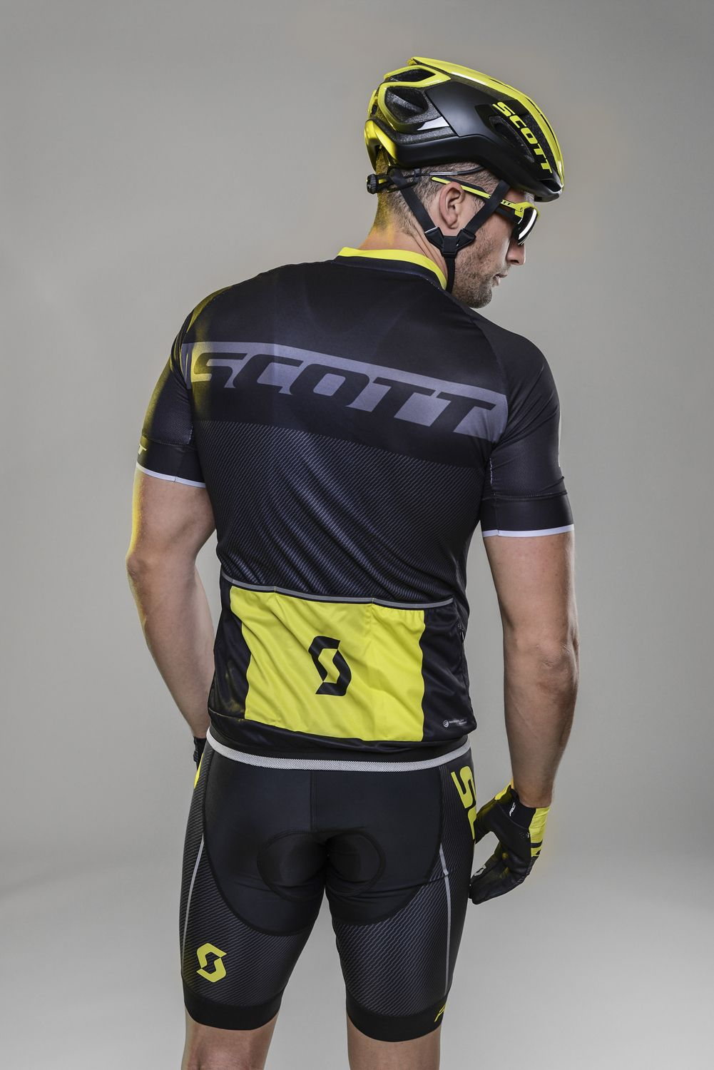 18af0056a ... short sleeve cycling jersey black sulphur yellow (264821). Next