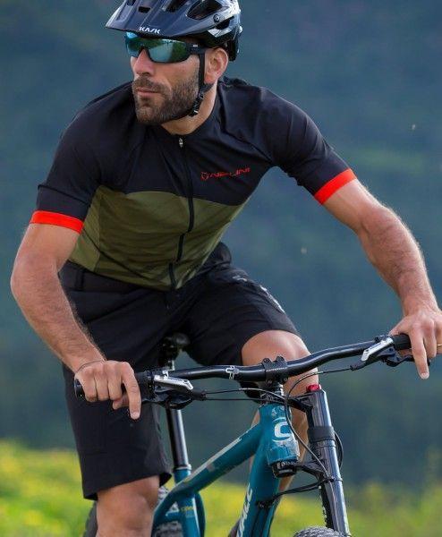Actionbild3 Nalini CROSS Fahrrad Kurzarmtrikot armeegrün/schwarz
