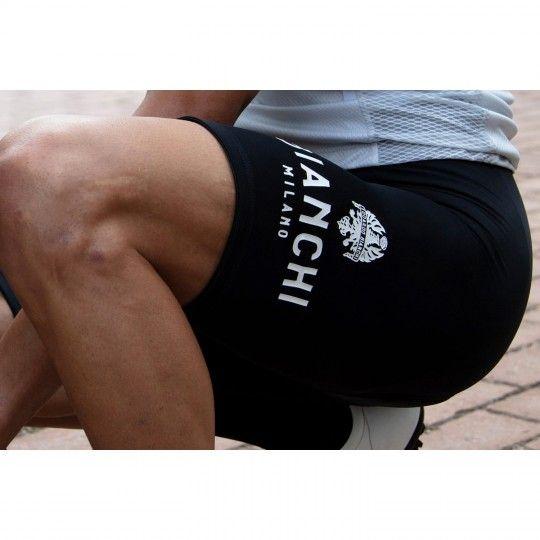 Actionbild 3 Bianchi Milano LEGEND Trägerhose kurz schwarz