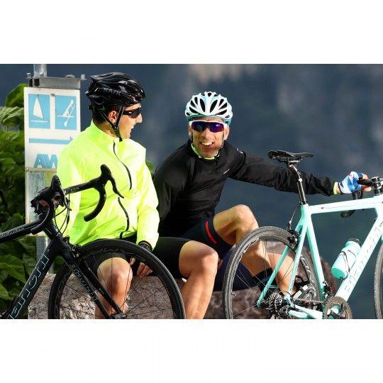 Actionbild 2 Nalini BRIZA JACKET Fahrrad Windjacke schwarz