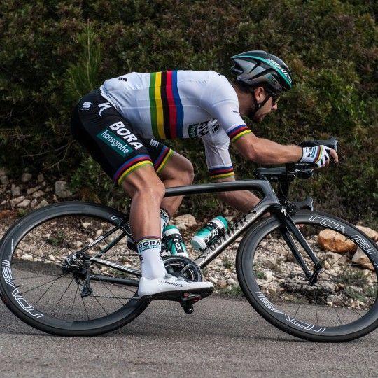 BORA-hansgrohe Straßenrad Weltmeister 2018 Action 2